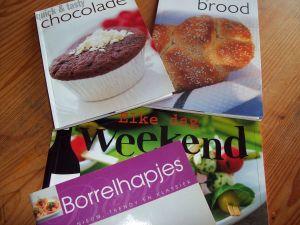 kookboeken bij de kringloop (2)